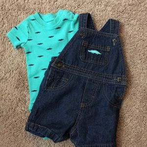 Carter's Matching Sets - Alligator overall set